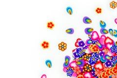 Dispersão de flores, das pétalas e de corações delicados Fotos de Stock