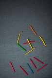 Dispersión al azar de los palillos de la recogida Fotografía de archivo libre de regalías