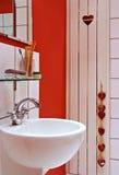 Dispersore nell'interiore di una stanza del bagno Fotografia Stock