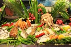 Display of fresh fish and seafood at mediterranean tavern Royalty Free Stock Photos