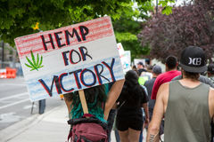 Displaying a sign hemp for victory Royalty Free Stock Photography
