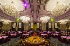 Disposiciones magníficas del interior y de la tabla del restaurante Imagen de archivo libre de regalías