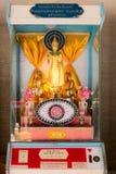 Dispositif avec la statue de Bouddha pour la cartomancie Photo stock