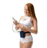 Dispositif de moniteur de holter d'examen médical de femme pour la surveillance quotidienne Photographie stock