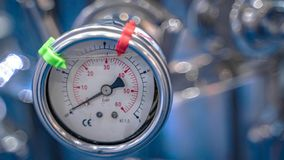 Dispositif pour mesurer la mesure de pression absolue