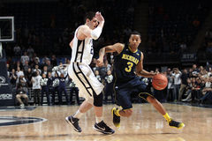 Dispositif protecteur Trey Burke du Michigan Images libres de droits
