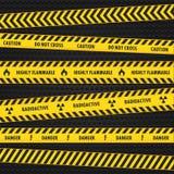 Dispositifs avertisseurs de risque jaune illustration libre de droits