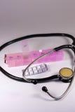 Dispositifs médicaux, comprimés Photographie stock libre de droits