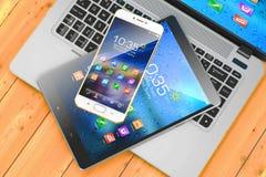 Dispositifs mobiles Ordinateur portable, smartphone, protection sur la table en bois illustration de vecteur