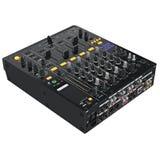 Dispositifs noirs d'audio du DJ de mélangeur Photo libre de droits