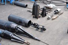 Dispositifs pour le pemount de la vieille pipe en métal Photos stock