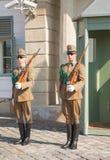 Dispositifs protecteurs d'honneur à Budapest, Hongrie Photographie stock