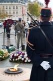 Dispositifs protecteurs sur le tombeau de soldat inconnu Photographie stock libre de droits