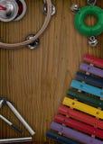 Disposition de différents instruments de musique Photos libres de droits