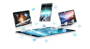 Dispositivi di tecnologia con le icone ed i grafici che pilotano rappresentazione 3D Fotografia Stock Libera da Diritti