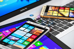 Dispositivi mobili moderni Immagine Stock Libera da Diritti