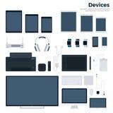 Dispositivi moderni isolati su bianco Fotografia Stock