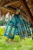 Dispositivo da armadilha dos peixes feito do azul da malha imagens de stock royalty free