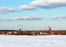 Dispositivo de comunicações satélites Fotos de Stock Royalty Free
