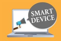 Dispositivo de Smart del texto de la escritura de la palabra Concepto del negocio para el artilugio electrónico que capaz de cone ilustración del vector