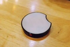 Dispositivo del trasmettitore di tecnologia wireless per l'attesa delle code fotografie stock libere da diritti