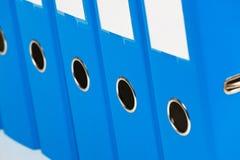 Dispositivo di piegatura di archivio con i documenti ed i documenti fotografia stock