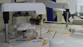Dispositivo do tiro completo para a análise do sangue filme