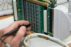 Dispositivo do ultra-som da tecnologia e do desenvolvimento. Imagens de Stock Royalty Free
