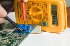 Dispositivo eléctrico foto de archivo libre de regalías