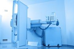 Dispositivo estacionário do raio X no armário Fotos de Stock