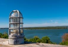 Dispositivo ingabbiato stile nautico della lampadina immagini stock libere da diritti