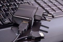 Dispositivo para cobrar através do USB Imagens de Stock Royalty Free