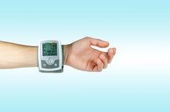 Dispositivo para el ritmo cardíaco de la presión arterial Imagenes de archivo