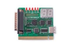 Dispositivo per le prove delle schede madri su un fondo bianco, sistemi diagnostici del PC Immagine Stock