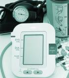 Dispositivos da pressão sanguínea Foto de Stock Royalty Free