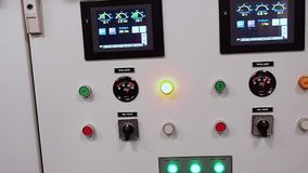 Dispositivos de controle para sistemas do navio video estoque