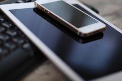 Dispositivos electrónicos Imagen de archivo libre de regalías