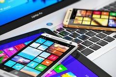 Dispositivos móviles modernos Imagen de archivo libre de regalías