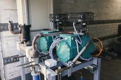 Dispositivos para industrial refrigerado Fotos de Stock