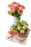 Disposizione con le rose e le pere Immagine Stock Libera da Diritti