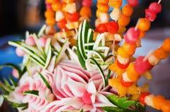 Disposizione decorativa della frutta Immagini Stock Libere da Diritti