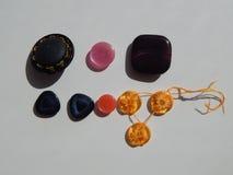 Disposizione dei bottoni per gli insiemi dell'abbigliamento Immagini Stock