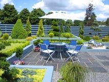 Disposizione dei posti a sedere del giardino Fotografia Stock Libera da Diritti