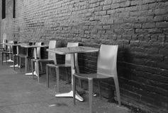 Disposizione dei posti a sedere del marciapiede Immagini Stock Libere da Diritti