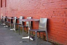 Disposizione dei posti a sedere del marciapiede Immagine Stock