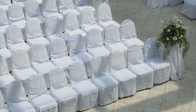 Disposizione dei posti a sedere di cerimonia nuziale Immagine Stock