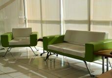 Disposizione dei posti a sedere moderna di disegno interno Fotografie Stock Libere da Diritti