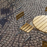 Disposizione dei posti a sedere tedesca all'aperto del caffè Fotografia Stock