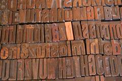 Disposizione delle lettere di stampa Fotografie Stock Libere da Diritti