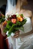 Disposizione di fiore del mazzo di cerimonia nuziale Fotografie Stock